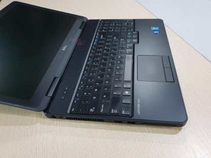 Dell Latitude E5540-1