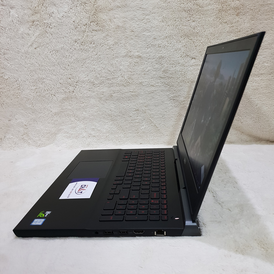 Laptop Dell Gaming 7566