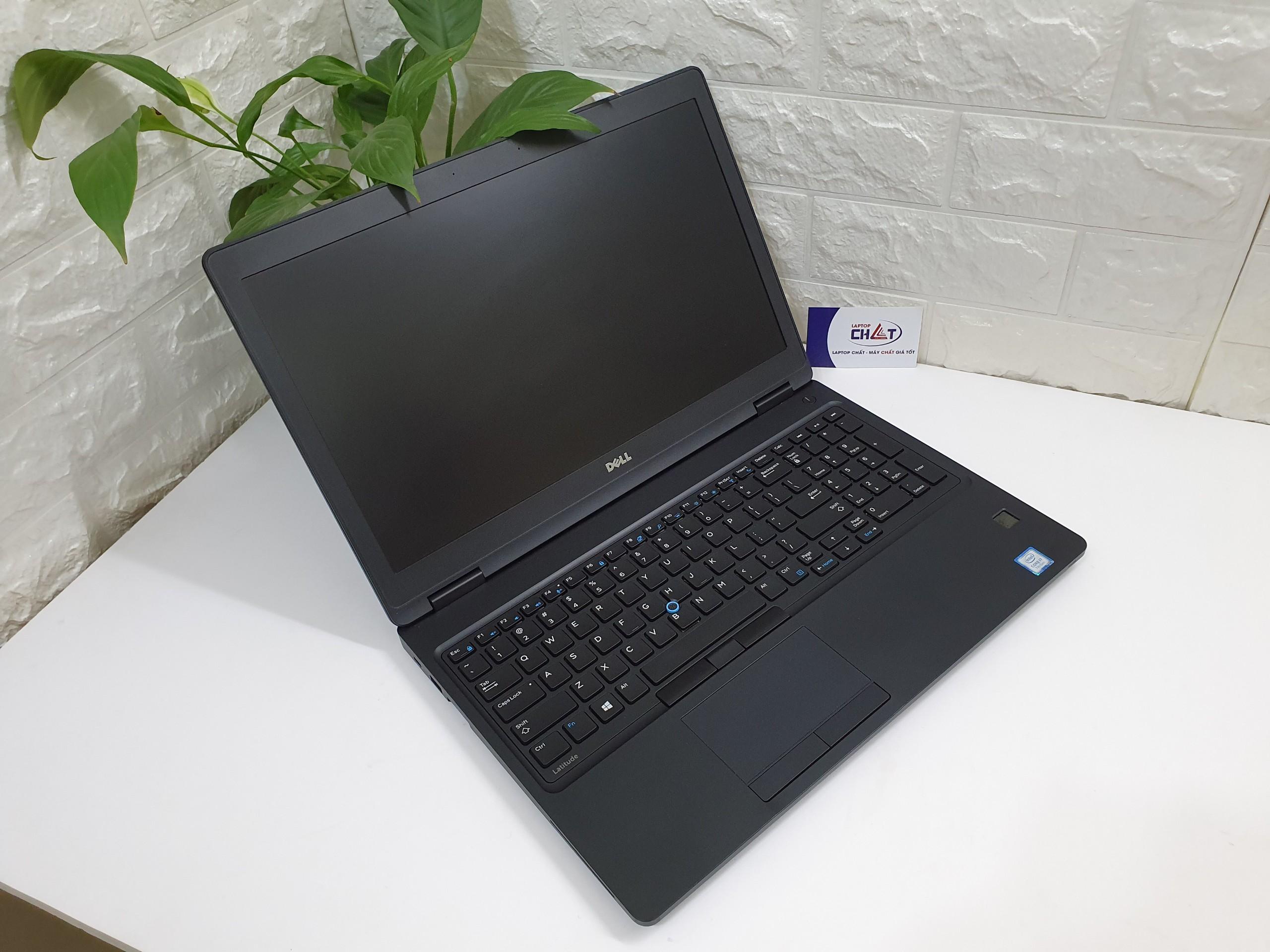 Dell Latitude E5580-1