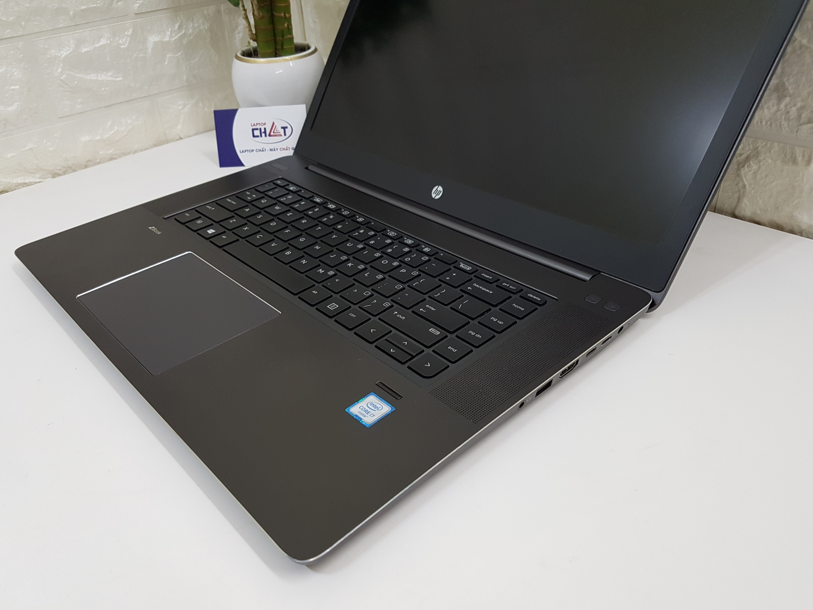 HP ZBook Studio G3-2