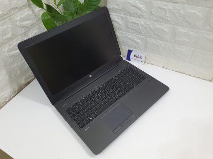 HP ZBook 15 G4-2