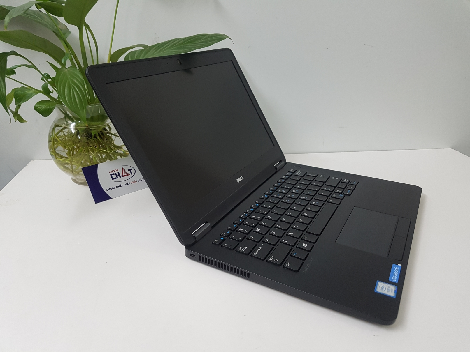 Dell Latitude E7270 core i7-1