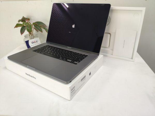 MacBook Pro 16 inch i7-3