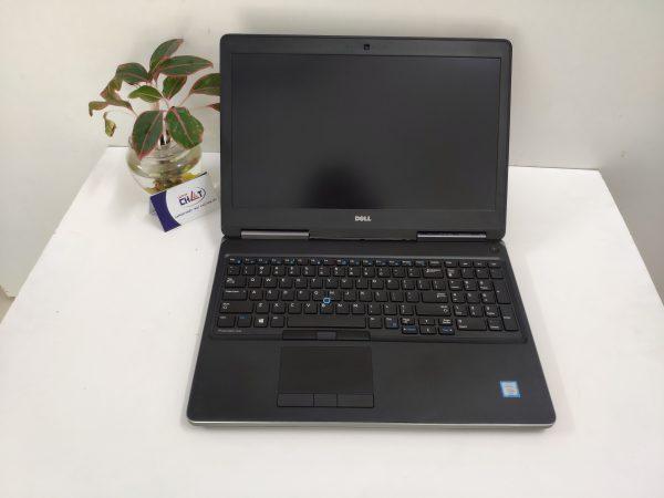 Dell Precision 7520 xeon