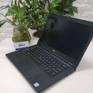 Dell Latitude E5480 core i7, VGA-1
